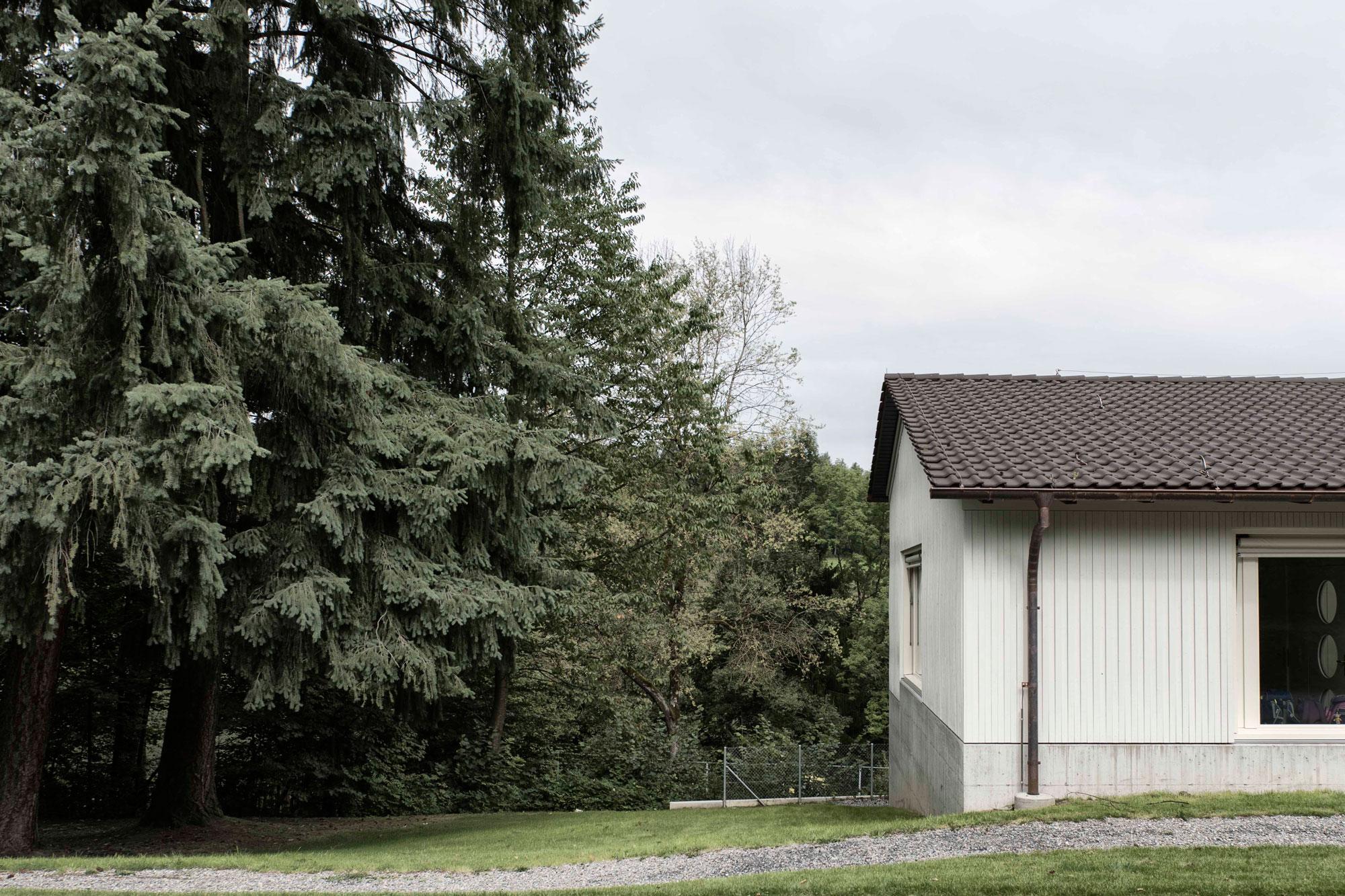 MAA_Murer_Andre_Schulhaus_Innerschachen_Ebikon_012.jpg